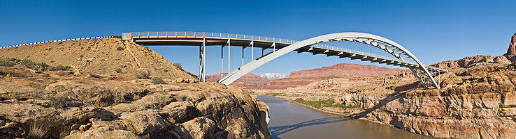 1024px-Hite_Crossing_Bridge_HWY95_view2_MC.jpg
